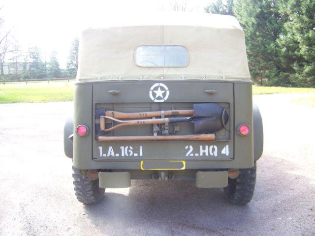 Dodge command car WC57 arrière